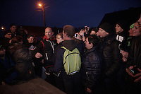 Many fans keep waiting by Sven Nys' (BEL/Crelan-AAdrinks) camper after the race in the hopes to catch a glimpse of him after his very last local race. He obliges them by letting them take selfies with him for a great deal of time. <br /> <br /> GP Sven Nys 2016