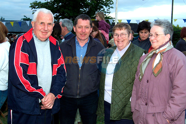 Kit Reynolds, Barry McGahon, Lilly Callan and Aileen Reynolds at the Open Air Ceili in Monasterboice..Picture: Paul Mohan/Newsfile