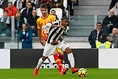 5th November 2017, Allianz Stadium, Turin, Italy; Serie A football, Juventus versus Benevento; Douglas Costa on the ball