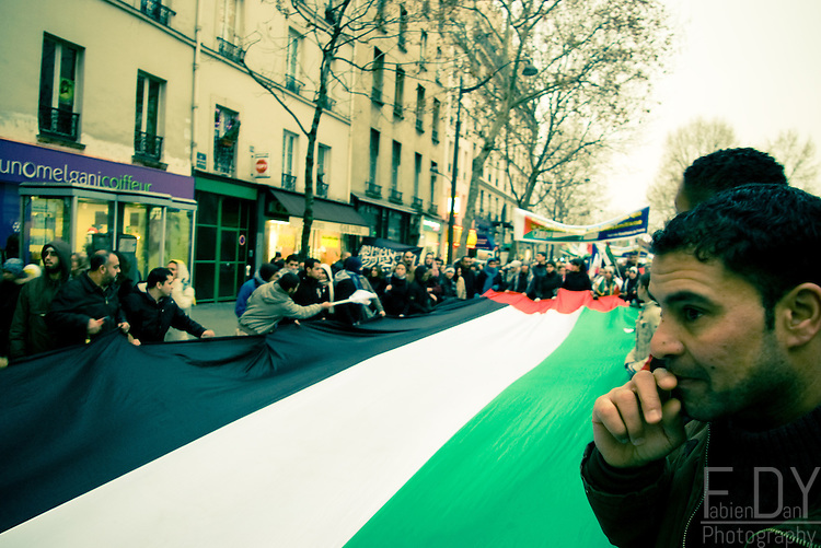 Protests against the israeli intervention against Gaza. Paris, 31 december 2008.
