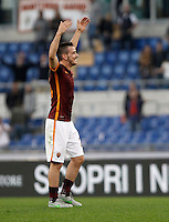 Calcio, Serie A: Roma vs Lazio. Roma, stadio Olimpico, 8 novembre 2015.<br /> Roma's Alessandro Florenzi celebrates at the end of the Italian Serie A football match between Roma and Lazio at Rome's Olympic stadium, 8 November 2015. Roma won 2-0.<br /> UPDATE IMAGES PRESS/Isabella Bonotto