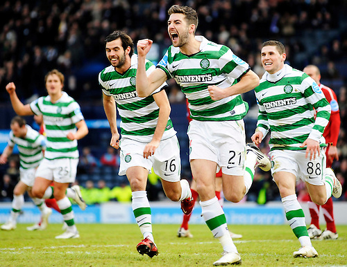 29TH JAN 2011, ABERDEEN V CELTIC CO-OPERATIVE INSURANCE CUP SEMI FINAL, HAMPDEN PARK, GLASGOW, CELTIC'S CHARLIE MULGREW GOAL CELE 0-2, ROB CASEY PHOTOGRAPHY.