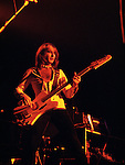 Mott 1975 Pete Overend Watts<br /> © Chris Walter