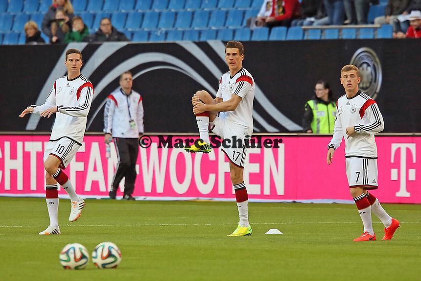Julian Draxler, Leon Goretzka und Max Meyer (D) - Deutschland vs. Polen, WM-Vorbereitung Testspiel, Imtech Arena Hamburg