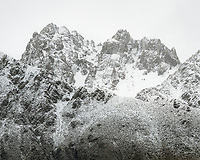 Fresh snow on peaks of Burnett Mountains, Aoraki Mount Cook National Park, UNESCO World Heritage Area, Mackenzie Country, New Zealand, NZ