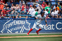 Portland Sea Dogs shortstop Jeremy Rivera (16) retreats to third base during the first game of a doubleheader against the Reading Fightin Phils on May 15, 2018 at FirstEnergy Stadium in Reading, Pennsylvania.  Portland defeated Reading 8-4.  (Mike Janes/Four Seam Images)