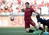 Calcio, Serie A: Roma, stadio Olimpico, 28 maggio 2017.<br /> AS Roma's Edin Dzeko (r) score's scores during the Italian Serie A football match between AS Roma and Genoa at Rome's Olympic stadium, May 28, 2017.<br /> Francesco Totti's final match with Roma after a 25-season career with his hometown club.<br /> UPDATE IMAGES PRESS/Isabella Bonotto