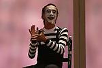 Artist Tomasito during the performance of Chufla. September 25, 2019. (ALTERPHOTOS/Johana Hernandez)