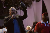 SÃO PAULO, SP, 01.05.2014 – DIA DO TRABALHADOR  CUT/CTB/CSB - Ricardo Berzoini durante ato para comemorar o Dia Internacional do Trabalhador organizado pela Central Única dos Trabalhadores (CUT), Central dos Trabalhadores do Brasil (CTB) e a Central dos Sindicatos Brasileiros (CSB) no Vale do Anhangabaú, região central de São Paulo. (Foto: Levi Bianco / Brazil Photo Press).