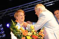 TURNEN: HEERENVEEN: centrum Heerenveen, 16-08-2012, Huldiging Olympisch kampioen, Epke Zonderland wordt door gemeenteraadslid Arend Duiker benoemd tot Ereburger van Heerenveen, ©foto Martin de Jong