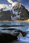 Berg Lake and Mount Robson, Mount Robson Provincial Park, British Columbia, Canada
