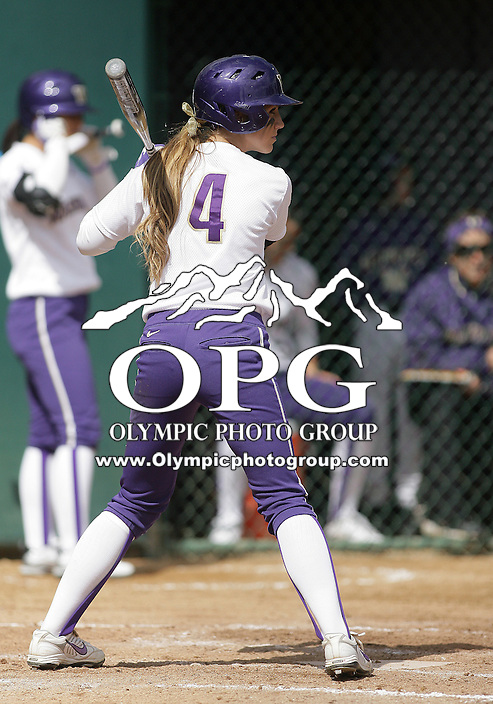 23 May 2010:  Washington Huskies right fielder #4 Kim Pohlman sets up in the batters box against the University of North Carolina pitch.  Washington defeated the University of North Carolina 2-1 in eight innings at Husky Softball Stadium in Seattle, WA to advance in the NCAA regional tournament.