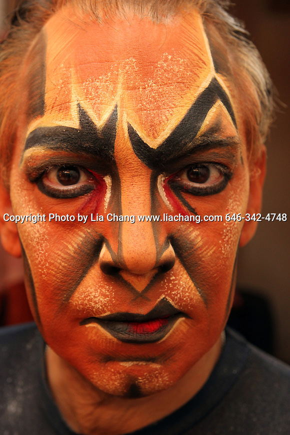 Thom Sesma in the makeup chair and the dressing room on August 23, 2010, at the Mandalay Bay Theatre, where he is currently starring as the deliciously evil Scar in Disney's The Lion King Las Vegas through April 2011.  Photo by Lia Chang