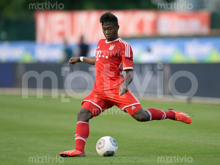 FUSSBALL  1. Bundesliga   2013/2014   Testspiel  FC Bayern Muenchen - Paulaner Traumelf      05.07.2013 David Alaba (FC Bayern Muenchen)  am Ball