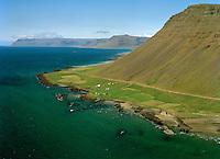 Arnórsstaðir séð til vesturs, Vesturbyggð áður Barðastrandarhreppur / Arnorsstadir viewing west, Vesturbyggd former Bardastrandarhreppur.