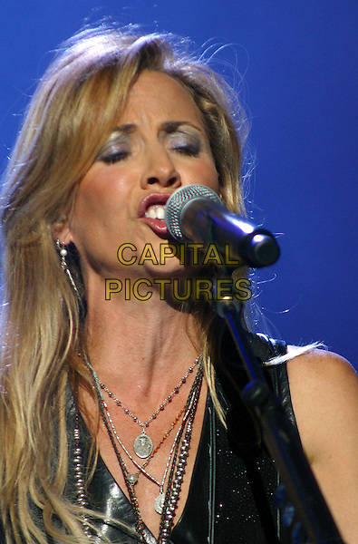 SHERYL CROW.Sheryl Crow makes a tour stop and performs for a soldout crowd at Starwood Amphitheatre, Nashville, Tennessee, USA..October 8th, 2006.Ref: ADM/RR.stage concert live gig performance music headshot portrait singing.www.capitalpictures.com.sales@capitalpictures.com.©Randi Radcliff/AdMedia/Capital Pictures