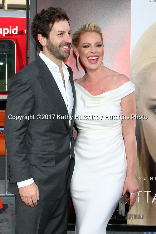 """LOS ANGELES - APR 18:  Josh Kelley, Katherine Heigl at the """"Unforgettable"""" Premiere at TCL Chinese Theater IMAX on April 18, 2017 in Los Angeles, CA"""
