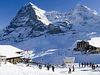 CHE, Schweiz, Kanton Bern, Berner Oberland, Grindelwald: Skiregion Kleine Scheidegg mit Eiger (3.970 m) und Moench (4.107 m)   CHE, Switzerland, Canton Bern, Bernese Oberland, Grindelwald: Kleine Scheidegg - ski area with Eiger and Moench mountains