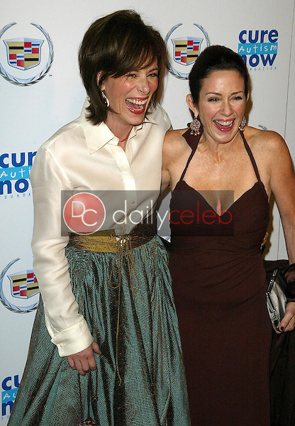 Jane Kaczmarek and Patricia Heaton<br />at Cure Autism Now's CAN:DO Gala. Regent Beverly Wilshire Hotel, Beverly Hills, CA. 11-06-05<br />Jason Kirk/DailyCeleb.com 818-249-4998