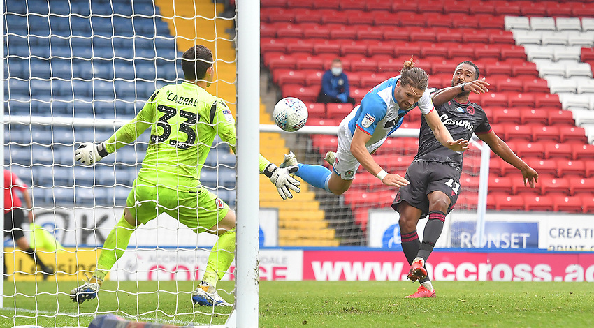 Blackburn Rovers' Sam Gallagher scores his team's 4th goal<br /> <br /> Photographer Dave Howarth/CameraSport<br /> <br /> The EFL Sky Bet Championship - Blackburn Rovers v Reading - Saturday 18th July 2020 - Ewood Park - Blackburn<br /> <br /> World Copyright © 2020 CameraSport. All rights reserved. 43 Linden Ave. Countesthorpe. Leicester. England. LE8 5PG - Tel: +44 (0) 116 277 4147 - admin@camerasport.com - www.camerasport.com