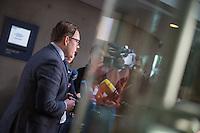 """Nichtoeffentliche Innenausschuss-Sitzung des Deutschen Bundestag am Montag den 13. Februar 2017 zum Fall """"Amri"""".<br /> Im Bild: Pressestatement des Abgeordneten Konstantin von Notz (B90/Gruene).<br /> 13.2.2017, Berlin<br /> Copyright: Christian-Ditsch.de<br /> [Inhaltsveraendernde Manipulation des Fotos nur nach ausdruecklicher Genehmigung des Fotografen. Vereinbarungen ueber Abtretung von Persoenlichkeitsrechten/Model Release der abgebildeten Person/Personen liegen nicht vor. NO MODEL RELEASE! Nur fuer Redaktionelle Zwecke. Don't publish without copyright Christian-Ditsch.de, Veroeffentlichung nur mit Fotografennennung, sowie gegen Honorar, MwSt. und Beleg. Konto: I N G - D i B a, IBAN DE58500105175400192269, BIC INGDDEFFXXX, Kontakt: post@christian-ditsch.de<br /> Bei der Bearbeitung der Dateiinformationen darf die Urheberkennzeichnung in den EXIF- und  IPTC-Daten nicht entfernt werden, diese sind in digitalen Medien nach §95c UrhG rechtlich geschuetzt. Der Urhebervermerk wird gemaess §13 UrhG verlangt.]"""