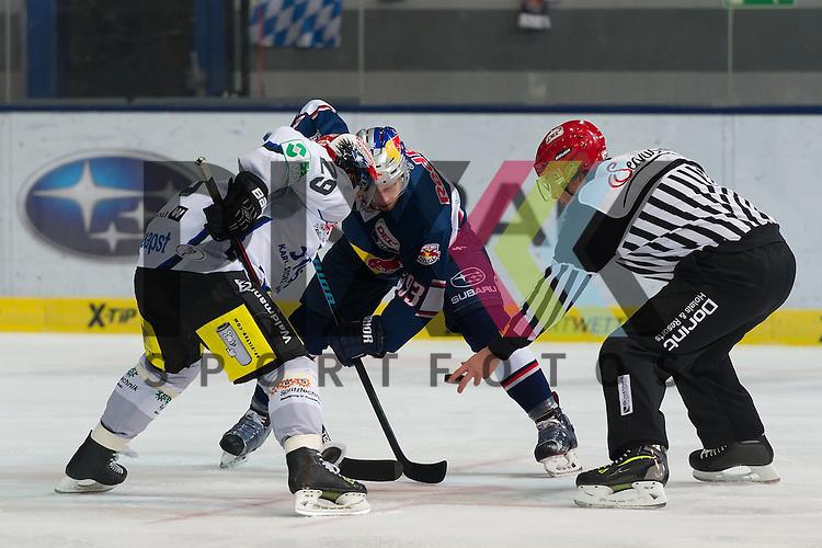 Eishockey, DEL, EHC Red Bull M&uuml;nchen - Schwenninger Wild Wings <br /> <br /> Im Bild Maximilian KASTNER (EHC Red Bull M&uuml;nchen, 93), Yan STASTNY (Schwenninger Wild Wings, 29) beim Bully <br /> <br /> Foto &copy; PIX-Sportfotos *** Foto ist honorarpflichtig! *** Auf Anfrage in hoeherer Qualitaet/Aufloesung. Belegexemplar erbeten. Veroeffentlichung ausschliesslich fuer journalistisch-publizistische Zwecke. For editorial use only.