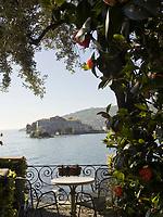 Italien, Piemont, bei Stresa, Borromaeische Inseln, Blick von Isola dei Pescatori (Isola Superiore) auf die Isola Bella | Italy, Piemont, near Stresa, Borromean Islands, view from Isola dei Pescatori (Isola Superiore) at Isola Bella
