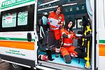 Milano 29 febbraio 2016, Laura e Lodovica due giovani volontarie della Croce Verde di via San Vincenzo 25 Milano 29 febbraio 2016, Laura e Lodovica due giovani volontarie della Croce Verde di via San Vincenzo 25