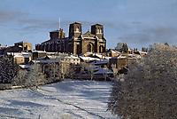 Europe/France/Auvergne/43/Haute-Loire/Parc Naturel Régional du Livradois-Forez/La Chaise-Dieu: L'église abbatiale de Saint Robert sous la neige