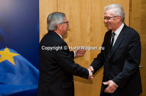 Brussels-Belgium - February 02, 2015 -- Jean-Claude JUNCKER (le), President of the European Commission, receives Winfried KRETSCHMANN (ri),  Minister-President of the state of Baden-Wuerttemberg (Germany) -- Photo: © HorstWagner.eu