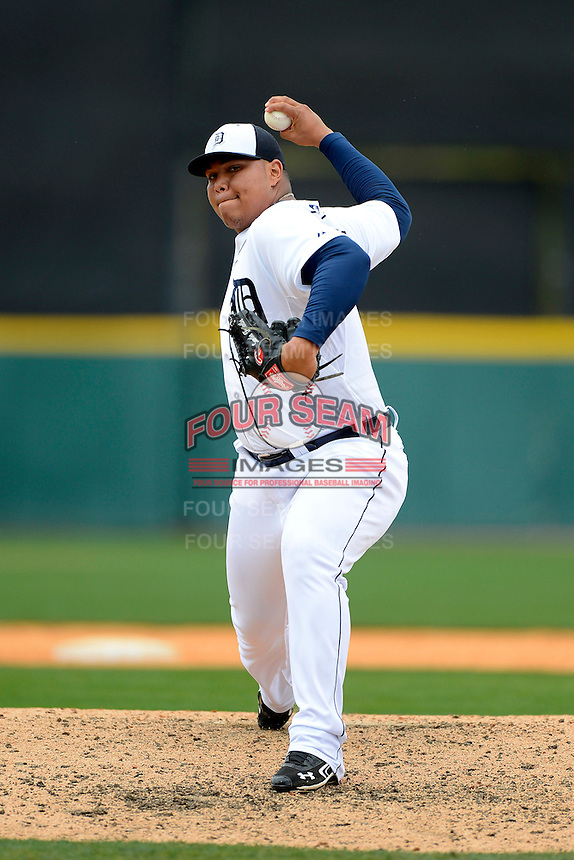 Detroit Tigers pitcher Bruce Rondon #43 during a Spring Training game against the New York Mets at Joker Marchant Stadium on March 11, 2013 in Lakeland, Florida.  New York defeated Detroit 11-0.  (Mike Janes/Four Seam Images)