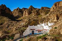 Spanien, Andalusien, Provinz Granada, Guadix: Hoehlenwohnung | Spain, Andalusia, Province Granada, Guadix: cave dwelling