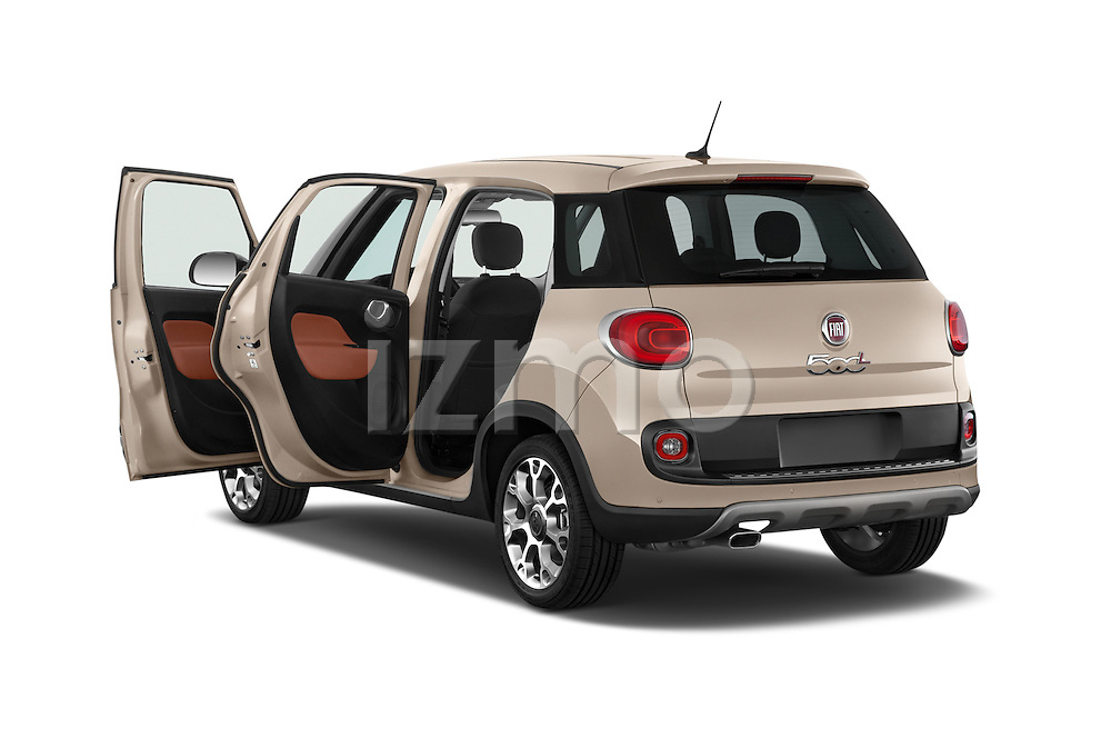 Car images of a 2014 Fiat 500L Trekking 5 Door Hatchback Doors