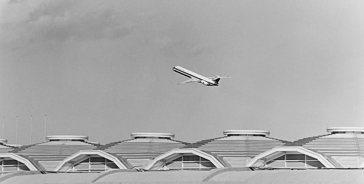 Delta jet taking-off from National Airport. The new terminal, which has not yet opened, is in the foreground, on Feb. 10, 1997. (Photo by CQ Roll Call via Getty Images)
