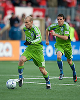Freddie Ljungberg (10) takes the ball up field on his way to score the first goal during action against Toronto at BMO Field in Toronto on April 4, 2009. Seattle won 2-0. Photo by Nick Turchiaro/isiphotos.com