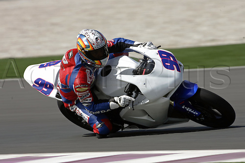 24 February 2005: French rider Fabien Foret (FRA) on his Megabike Honda CBR 600RR during qualifying practice for round one of the SBK Supersport World Championship held at the Losail International Circuit, Doha, Qatar. Photo: Neil Tingle/Action Plus..050224 motorcycling motorcycle racing bike racing SBK sport motor sports motorsport motorsports