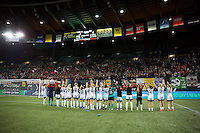 Portland, OR - Wednesday Sept. 07, 2016: Portland Thorns  during a regular season National Women's Soccer League (NWSL) match between the Portland Thorns FC and the Houston Dash at Providence Park.