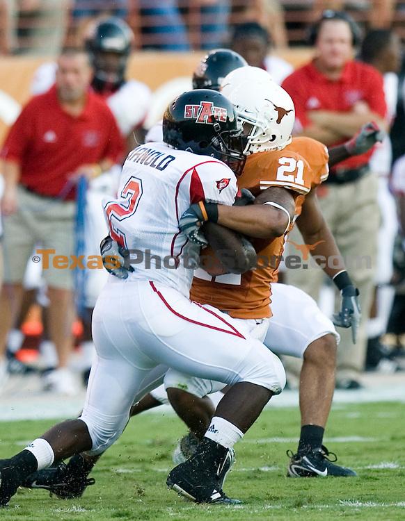 football vs. arkansas state.(The University of Texas/Jim Sigmon)