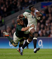England's Maro Itoje in action during todays match<br /> <br /> Photographer Bob Bradford/CameraSport<br /> <br /> Quilter Internationals - England v South Africa - Saturday 3rd November 2018 - Twickenham Stadium - London<br /> <br /> World Copyright © 2018 CameraSport. All rights reserved. 43 Linden Ave. Countesthorpe. Leicester. England. LE8 5PG - Tel: +44 (0) 116 277 4147 - admin@camerasport.com - www.camerasport.com