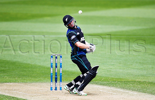 25.01.2016. Basin Reserve, Wellington, New Zealand. New Zealand versus Pakistan One Day International Cricket. Henry Nicholls ducks under a bouncer during the 1st ODI cricket match between the New Zealand Black Caps and Pakistan