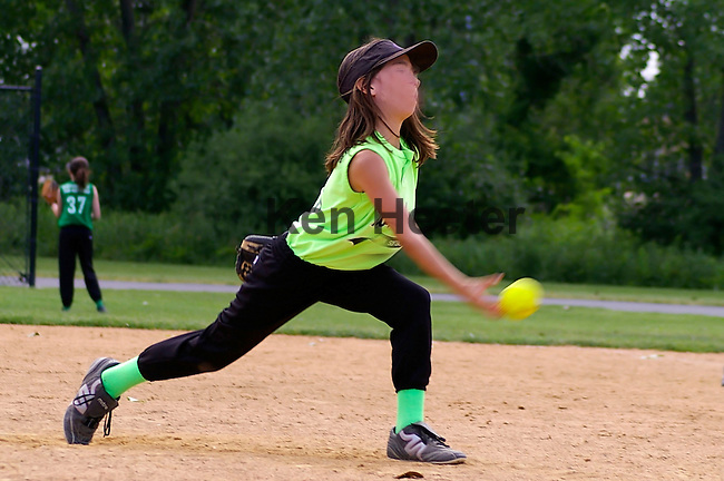 Youth Sports Photos -- Action photos of your child or team during the event.<br /> Photo Services - Individual Action Photos (game), Team Action Photos (game),<br /> Candid Photos (players/coaches/fans), Player Portrait, Team Portrait