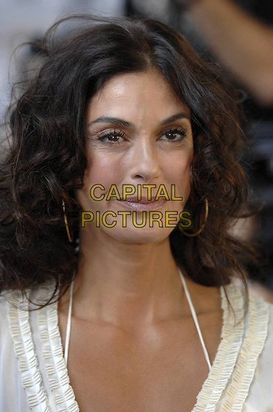 TERI HATCHER.The 4th Annual Women Of The Year Awards, Berkeley Square Gardens, London, England. .June 5th, 2007.headshot portrait hoop earrings .CAP/FIN.©Steve Finn/Capital Pictures