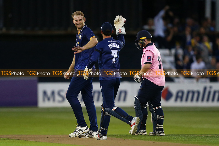 Paul Walter of Essex celebrates taking the wicket of Paul Stirling during Essex Eagles vs Middlesex, NatWest T20 Blast Cricket at The Cloudfm County Ground on 11th August 2017