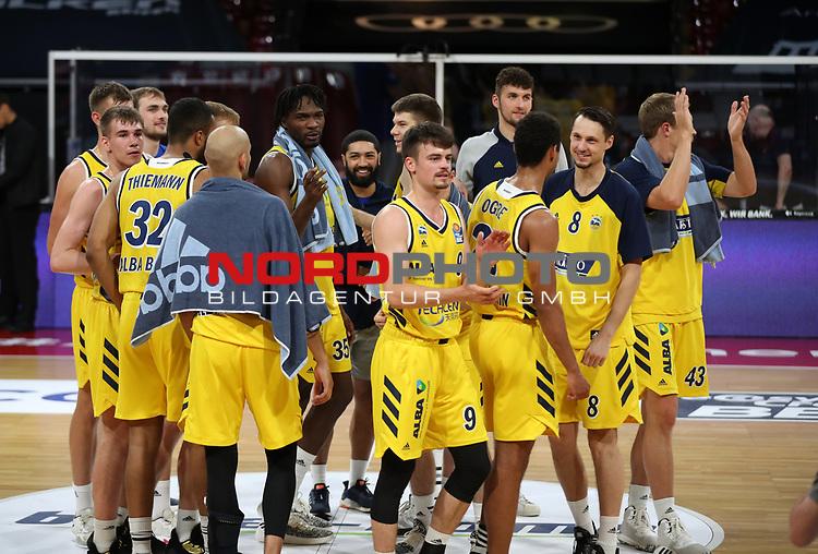 Alba Berlin jubelt über den Finaleinzug<br /> <br /> Basketball, nph0001 1.Bundesliga BBL-Finalturnier 2020.<br /> Halbfinale Spiel 2 am 24.06.2020.<br /> <br /> Alba Berlin vs EWE Baskets Oldenburg <br /> Audi Dome<br /> <br /> Foto: Christina Pahnke / sampics  / POOL / nordphoto<br /> <br /> National and international News-Agencies OUT - Editorial Use ONLY