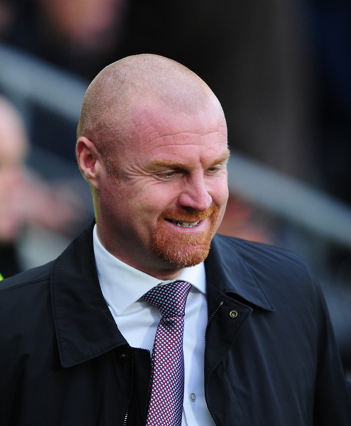Burnley manager Sean Dyche<br /> <br /> Photographer Chris Vaughan/CameraSport<br /> <br /> Football - The Football League Sky Bet Championship - Hull City v Burnley - Saturday 26th December 2015 - Kingston Communications Stadium - Hull<br /> <br /> &copy; CameraSport - 43 Linden Ave. Countesthorpe. Leicester. England. LE8 5PG - Tel: +44 (0) 116 277 4147 - admin@camerasport.com - www.camerasport.com