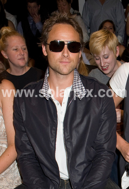 **ALL ROUND PICTURES FROM SOLARPIX.COM**.**SYNDICATION RIGHTS FOR UK, SPAIN, PORTUGAL, AUSTRALIA, S.AFRICA & DUBAI (U.A.E) ONLY**.The Mercedes Benz Fashion Week Spring 2009 at the Rag & Bone in the Front Row of Pier 94 in New York in the USA. .This pic:Stuart Townsend..JOB REF:7232-PHZ/Janet Mayer    DATE:06_09_08 .**MUST CREDIT SOLARPIX.COM OR DOUBLE FEE WILL BE CHARGED* *UNDER NO CIRCUMSTANCES IS THIS IMAGE TO BE REPRODUCED FOR ANY ONLINE EDITION WITHOUT PRIOR PERMISSION*