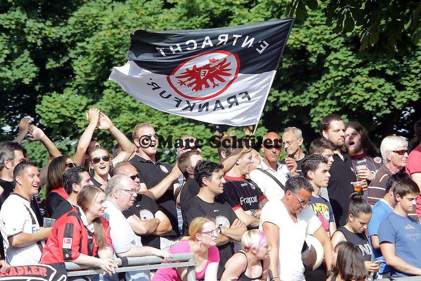 Fans von Eintracht Frankfurt - Eintracht Frankfurt vs. VfR Aalen