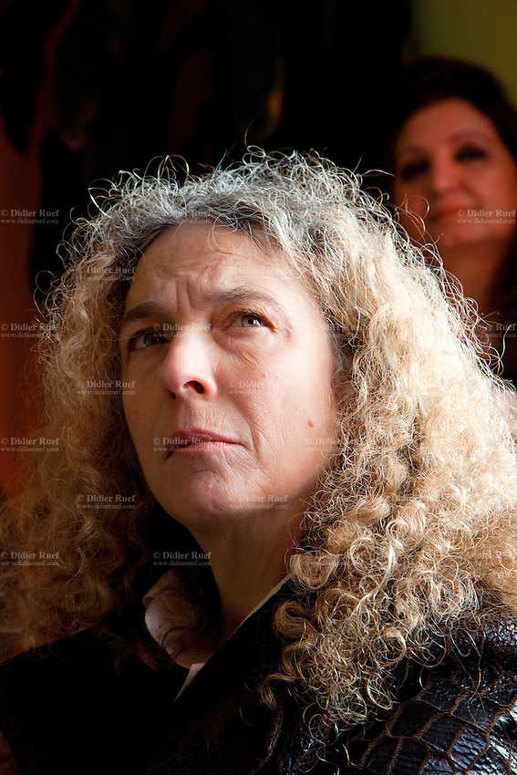 "Italy. Piedmont region. Turin. Gruppo Abele. Drop House. National ambassador against tuberculosis (WHO). Sonia Goldemberg, Peru, Journalist. Stop TB Partnership. Since 1965, its starting year, Gruppo Abele has always given voice to all disadvantaged people, especially those living on the streets. Listening to their experiences, Gruppo Abele was able to understand more about the use of drugs during these years. Outreach (""Accoglienza"" in Italian) means more than just the first contact point. Gruppo Abele include in ""reception"" a full range of activities, aimed at people showing signs of addiction to drugs, alcohol or other substances, the HIV-infected, foreigners who are having difficulty in integrating with Italian society, and children. The activities in this sector are divided into various standards of intervention. Drop-in Centre: for listening, counselling, support and back-up activities, including the possibility of assuming responsibility for people with problems and also of their family members. Crisis Centre: Day&Night service, to provide for the most pressing needs of people living on the streets. 7.12.2011 © WHO /Didier Ruef"