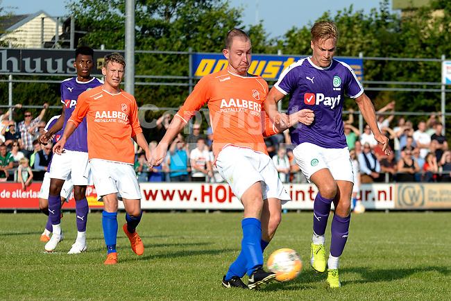NIEUW BUINEN - Voetbal , Nieuw Buinen - FC Groningen, voorbereiding seizoen 2018-2019, 04-07-2018,  FC Groningen speler Tom van Weert