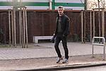 12.03.2020, wohninvest Weserstadion, Bremen, GER, Medienrunde Werder Bremen Theodor Gebre Selassie <br /> <br /> Fin Bartels (Werder Bremen #22)<br /> <br /> kommt in Zivil zum Training<br /> <br /> <br /> im Bild / picture shows <br /> <br /> <br /> <br /> <br /> Foto © nordphoto / Kokenge